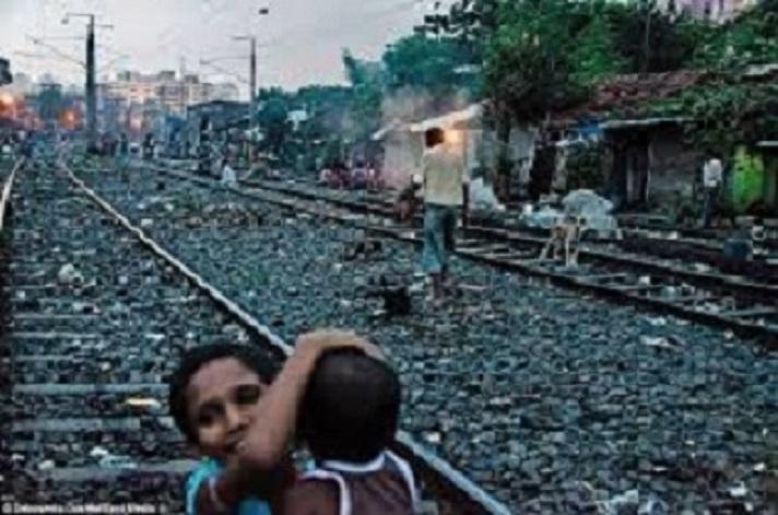 railroad children.jpg